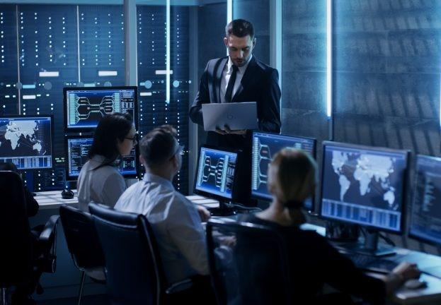 Використовуйте інструмент для підвищення комп'ютерної безпеки - ESET Enterprise Inspector.