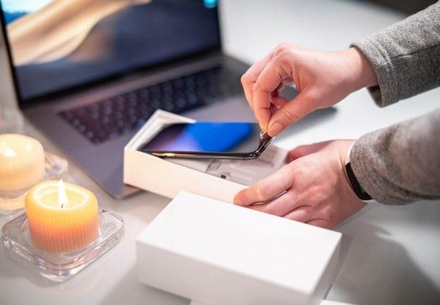 Копіювання старих файлів є обов'язковим правилом перед продажем телефона - ESET.