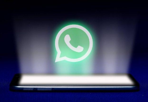 Після інсталяції рожевої теми WhatsApp додаток приховує свою присутність на Android. ESET.