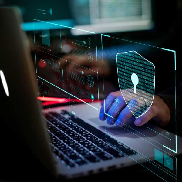 Кіберзлочинці оновили бекдор ComRAT для досягнення своїх цілей. ESET.